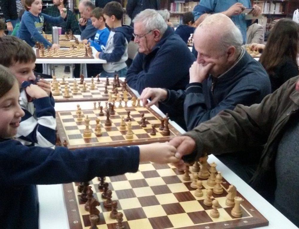 Ολοκληρώθηκαν οι πρώτοι διαγενεακοί αγώνες Σκάκι – ΦΩΤΟΓΡΑΦΙΕΣ